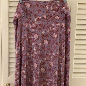 LuLaRue knee length skirt